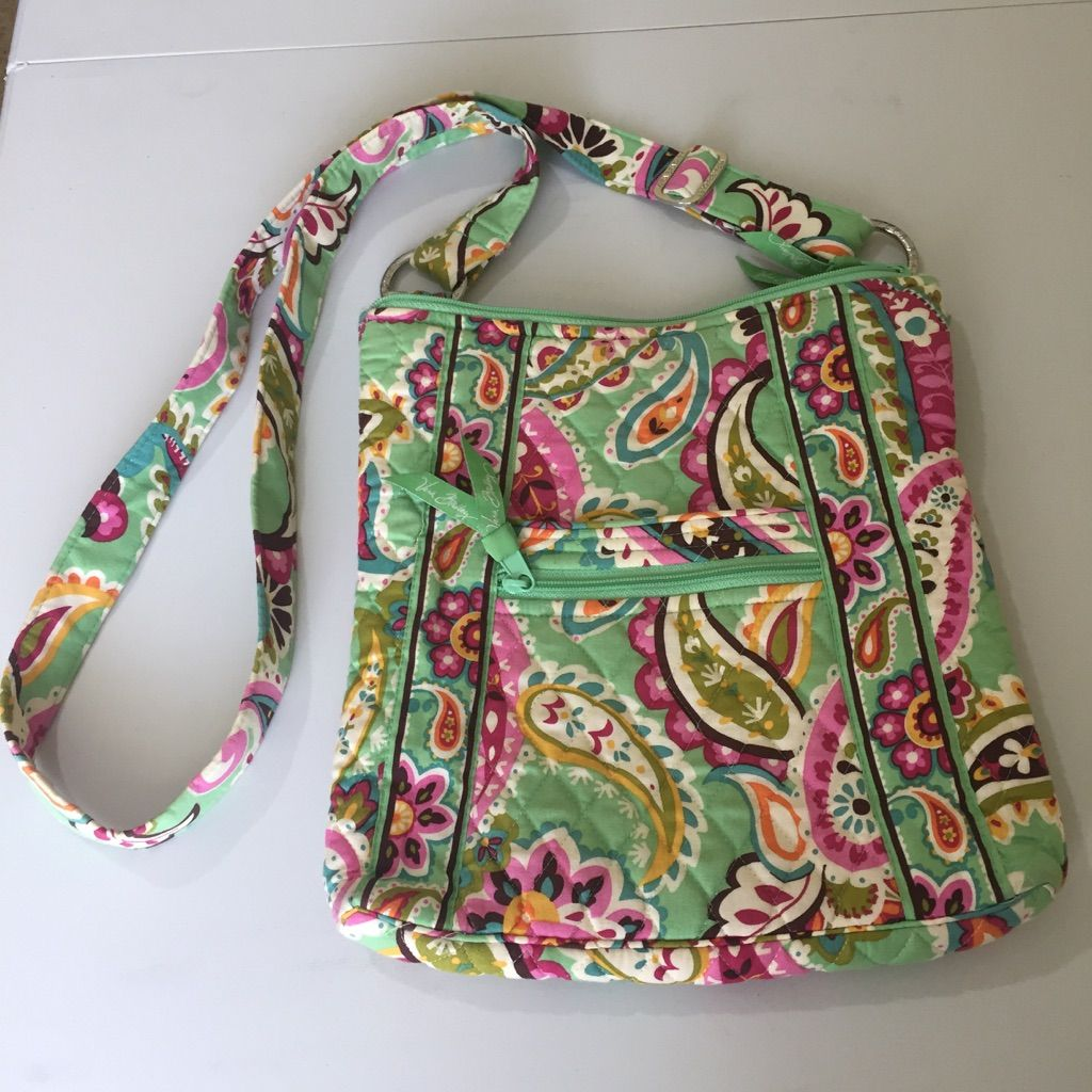 df7efaee956 Vera Bradley Hipster   Vera bradley and Products