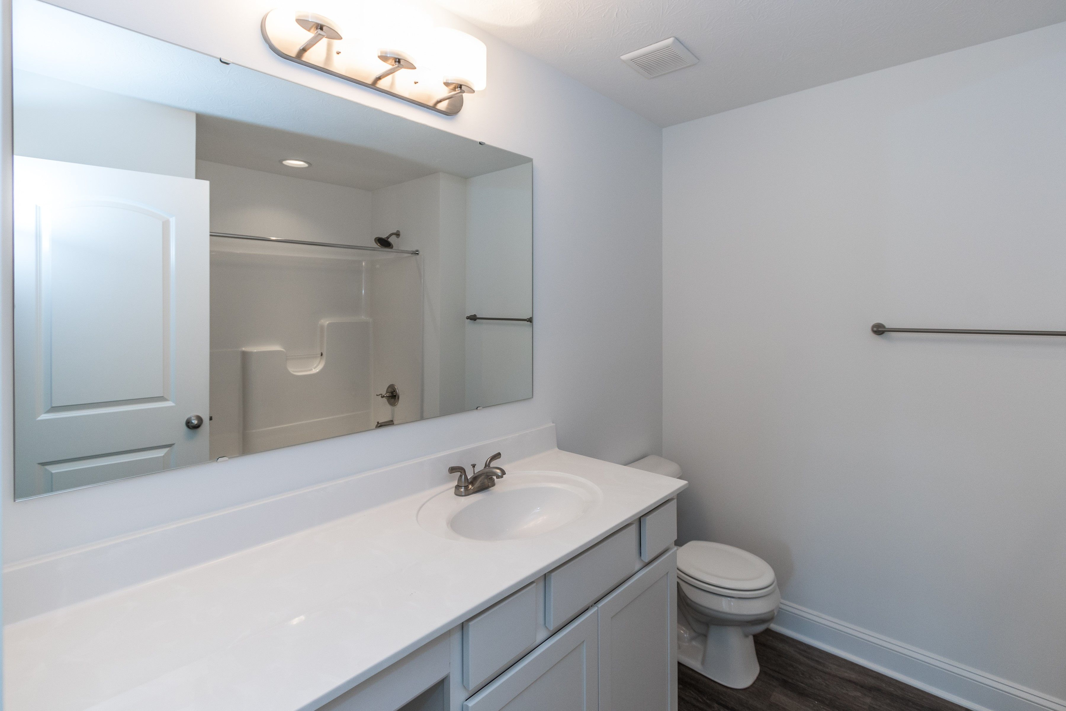 3 bedroom loft house  Area  Sq Ft Bedrooms  or  plus loft Bathrooms  Levels