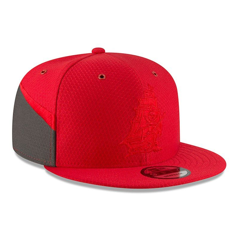 399ca375c Tampa Bay Buccaneers New Era 2018 NFL Sideline Color Rush Official 9FIFTY  Snapback Adjustable Hat – Red