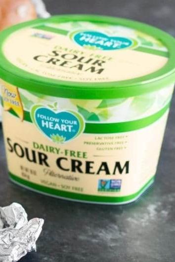 Why These Vegan Sour Cream Alternatives Are Superior To Dairy Vegan Sour Cream Sour Cream Sour Cream Alternative