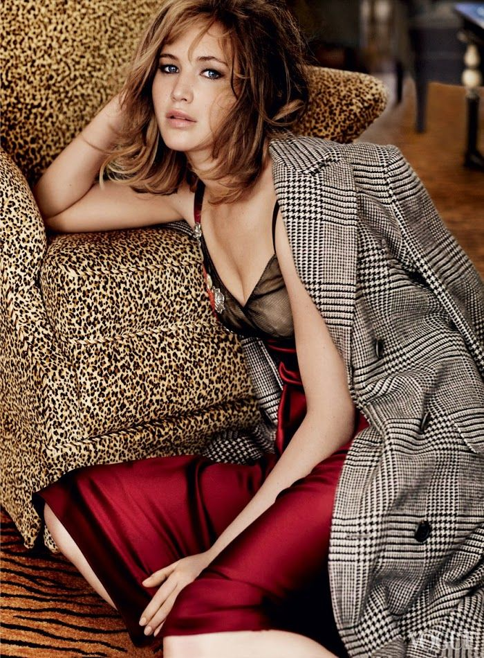 Jennifer Lawrence by Mario Testino for Vogue