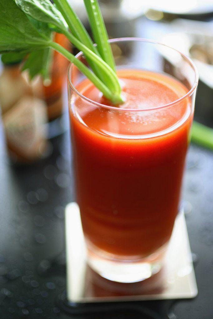 Sos hangover 10 c cteles anti resaca para tus fiestas for Coctel con zumo de tomate
