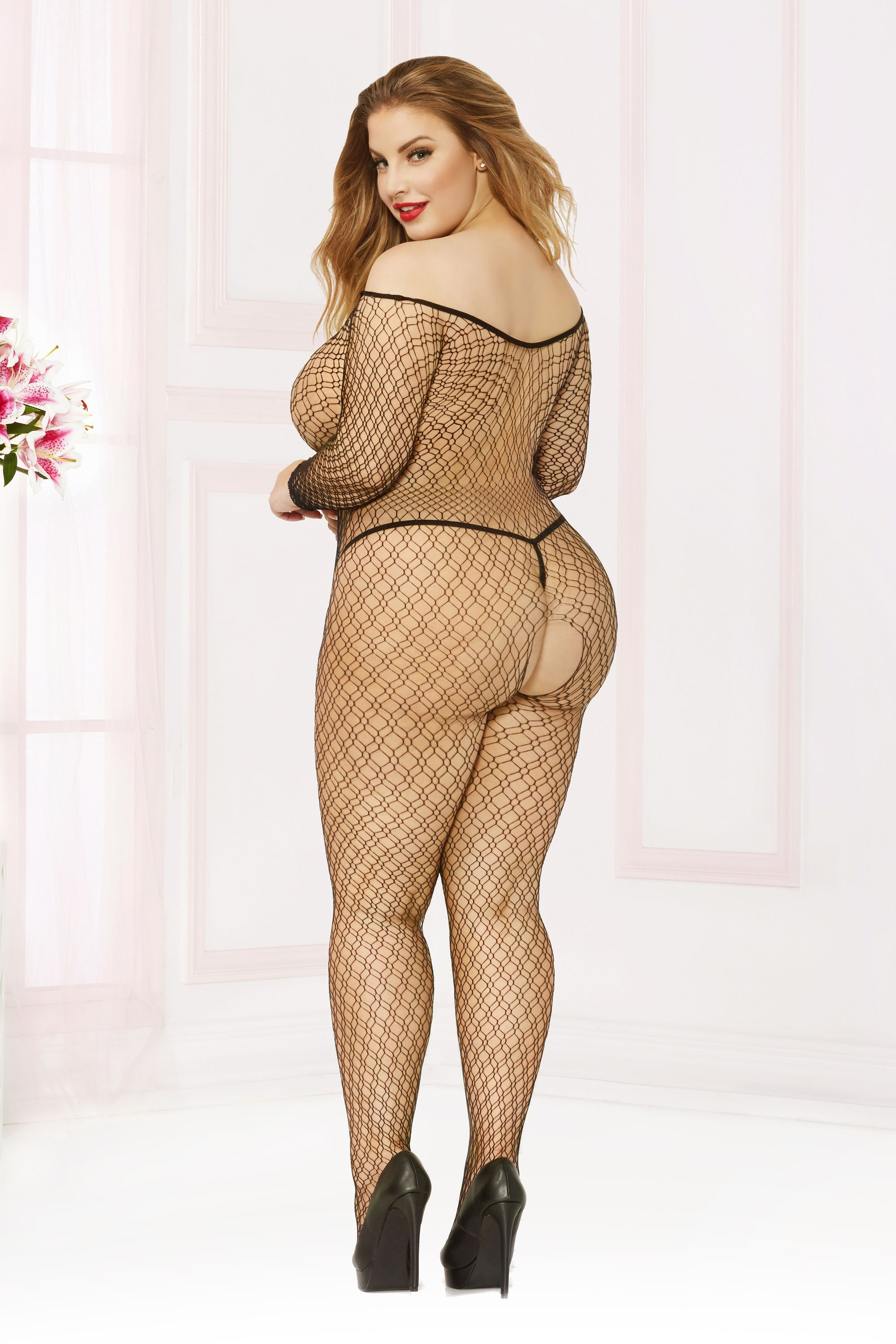 f4f74f8276 Pin by Divine Plus ❤ Size Models on Ashley Alexiss