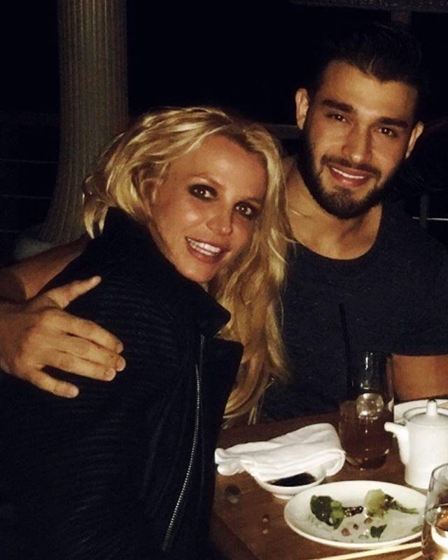Britney Dating 2016