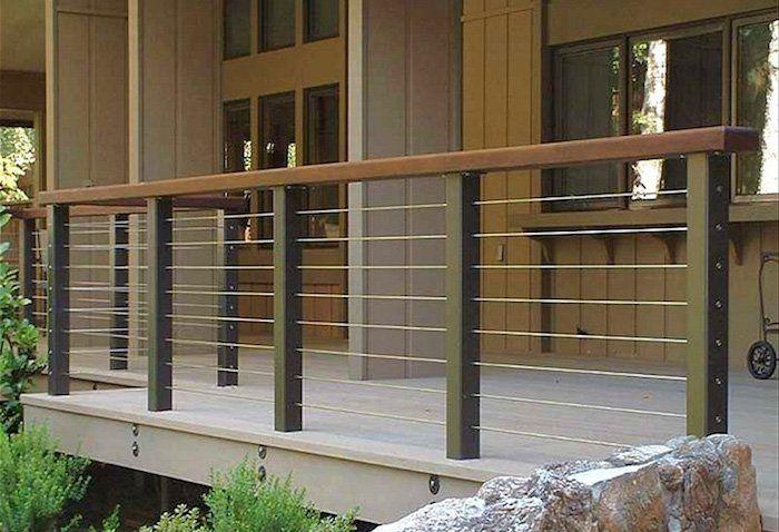 Balustrade pour terrasse moderne- en fer, bois ou verre? - Terrasse Sur Pilotis Metal