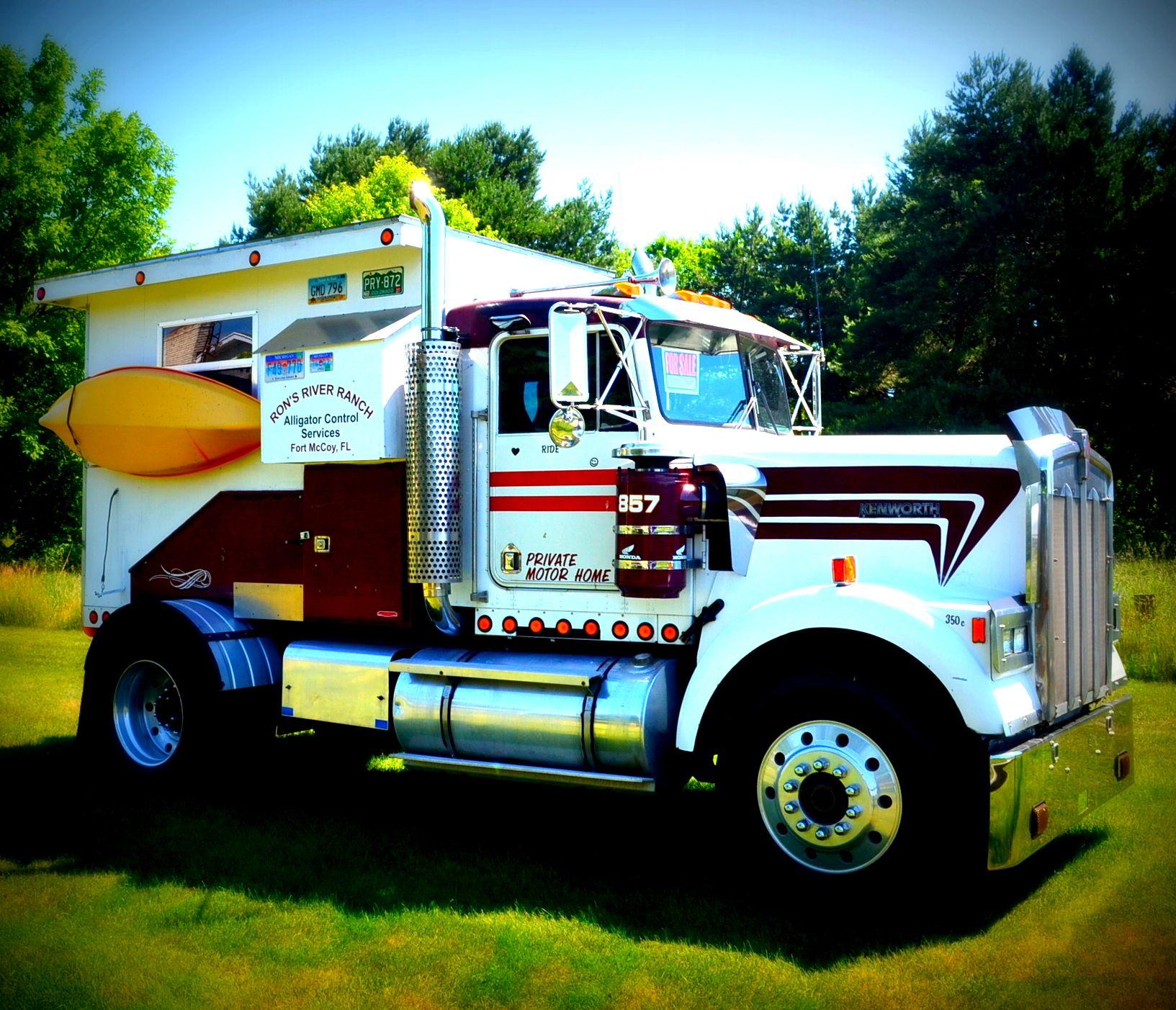 Semi Truck Camper Truck Camper Trucks Semi Trucks