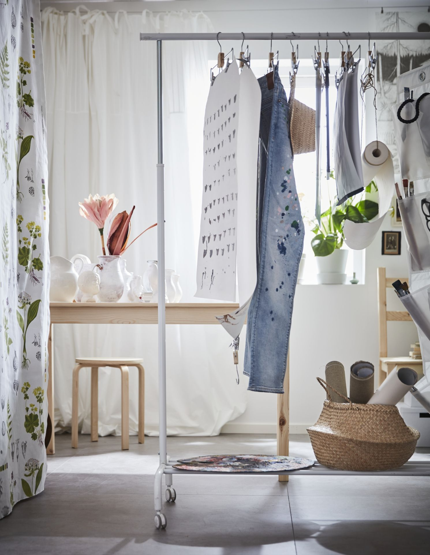 rigga garderobenst nder wei pinterest ikea deutschland kleiderst nder und eingestellt. Black Bedroom Furniture Sets. Home Design Ideas
