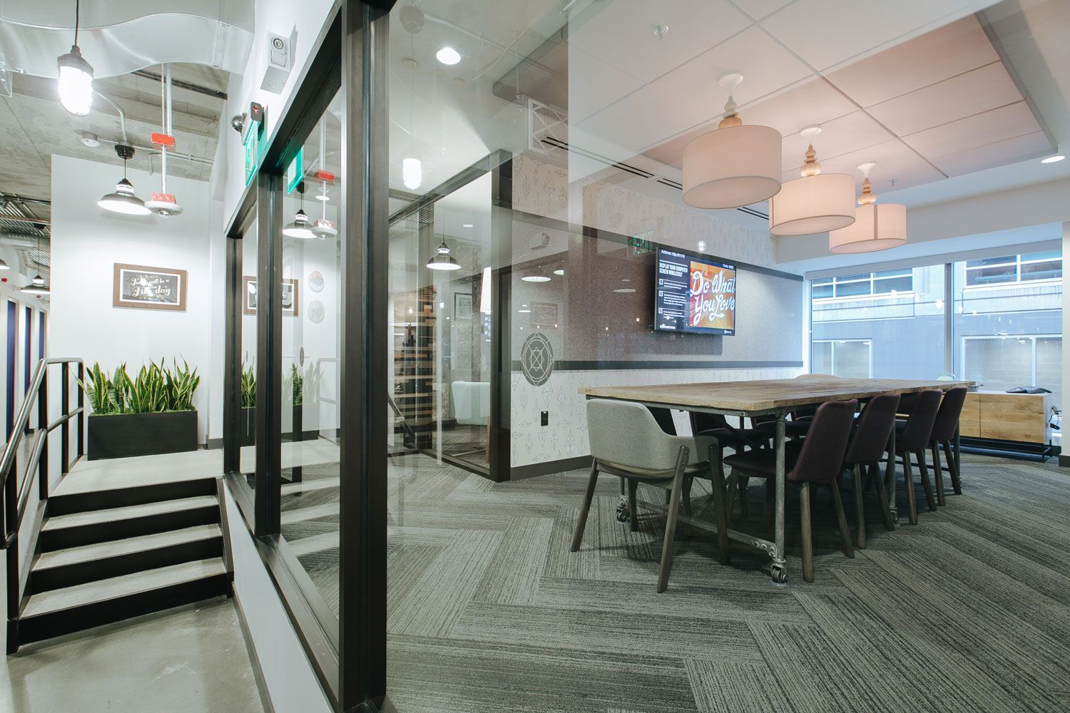 Wework Seattle S South Lake Union Officelovin Commercial Design Coworking Architectural Inspiration