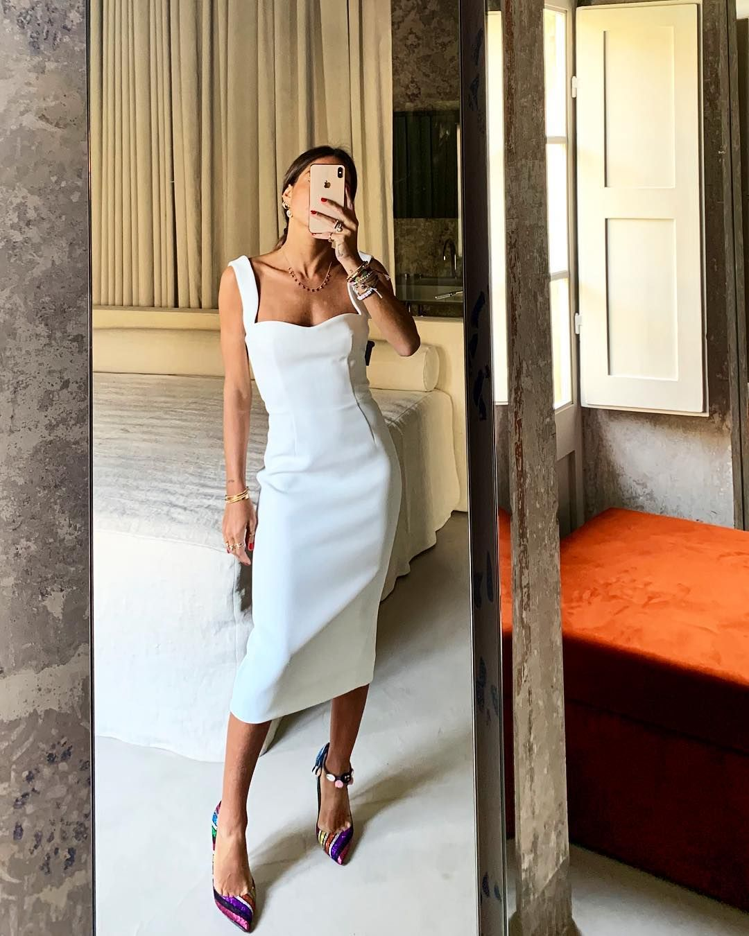 Annacarla E Simona On Instagram In My Fav Victoriabeckham White Sigarette Dress Of The Season Annacarlaesimonaxsugar Vic Fashion Womens Fashion Dresses [ 1350 x 1080 Pixel ]