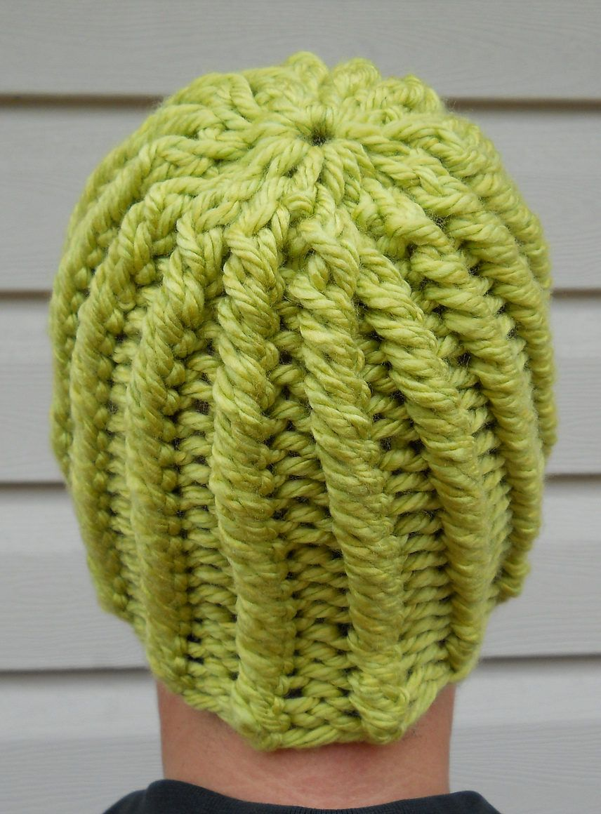 Free Knitting Pattern for One Row Repeat Hat - This beanie Let There ...
