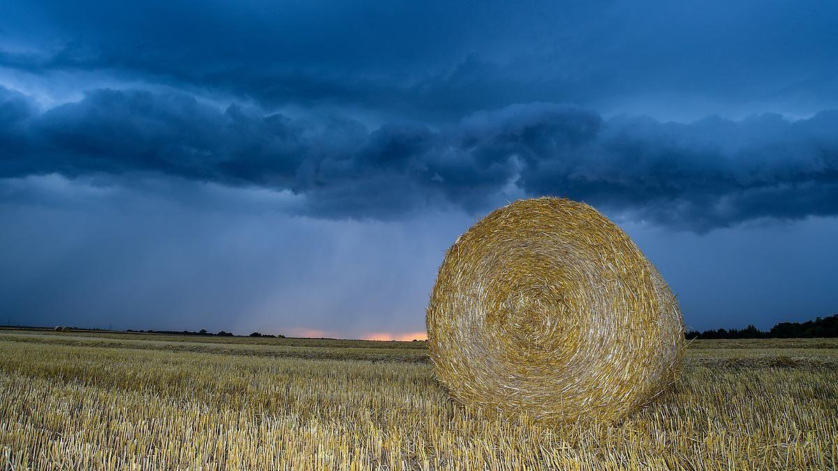 Schwülwarm und turbulent: Unwetterpotential bleibt vielerorts hoch