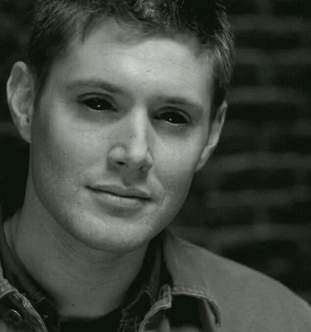 First time seeing Dean as a Demon....before he went to hell.