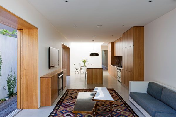Sydney terrace house opens to nature Bondi House House, Basements