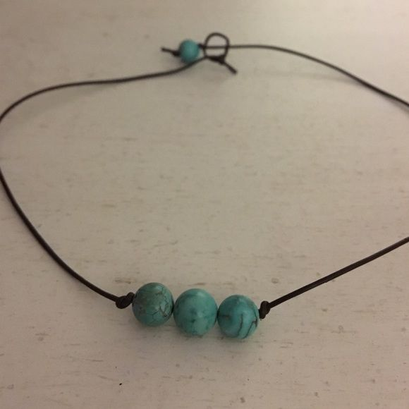 turquoise bead choker leather with turquoise beads super cute and trendy! Jewelry Necklaces