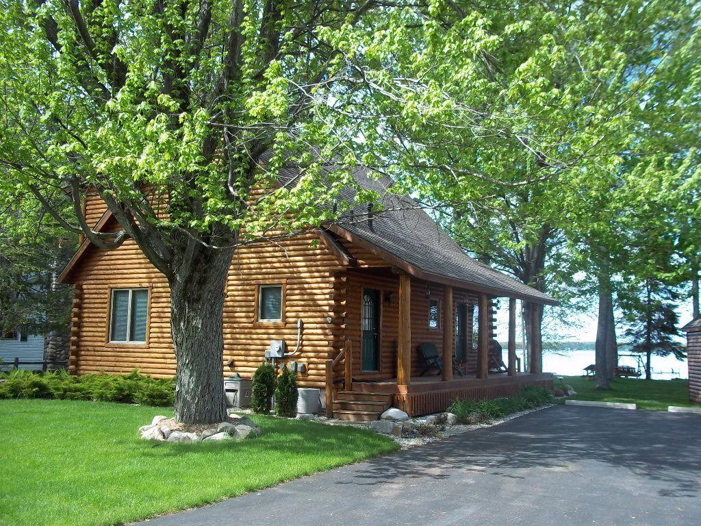 carlson in paul lakefront ken realtors property of northern listings board michigan realty cabins bunyan