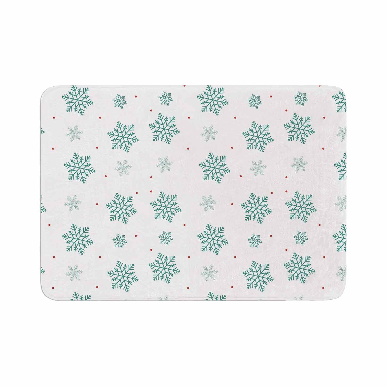 """Louise """"Snow"""" Pastel White Memory Foam Bath Mat"""