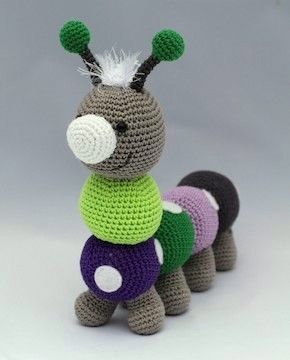 Dots & HOOK - Crawler Roos - easy to make 6 balls, 8 feet, two antenna and one nose!