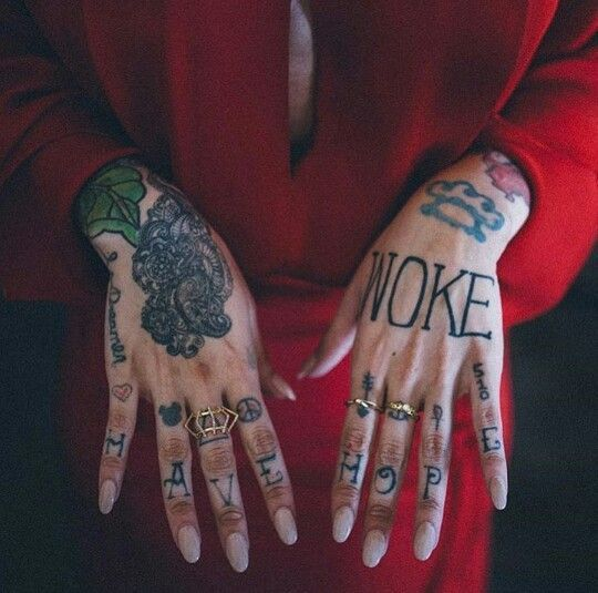 Hand Tattoo Ideas for Girls - Best Female Hand Tattoos | Positivefox.com