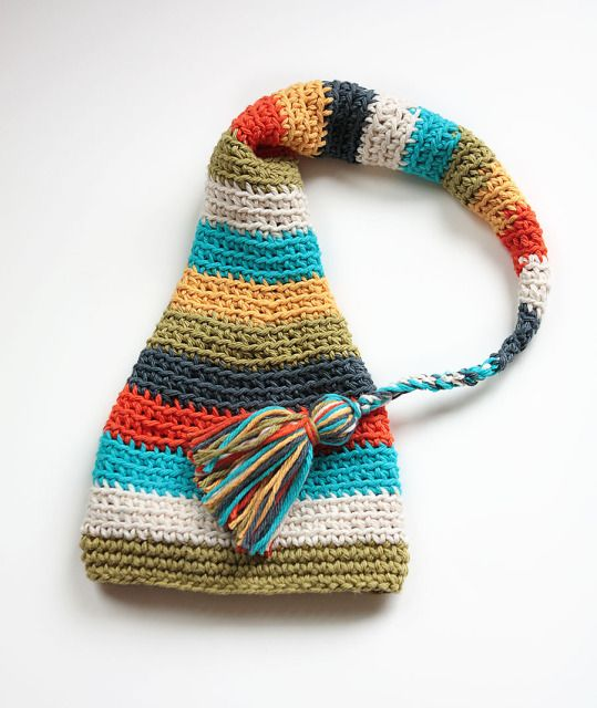 Newborn beanie. If I had a baby he or she would have to wear this ...