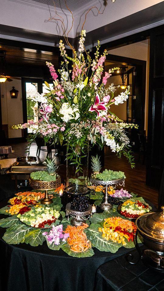 Azalea Manor Special Event And Wedding Venue In Mobile Al Azaleas Table Decorations Wedding Venues