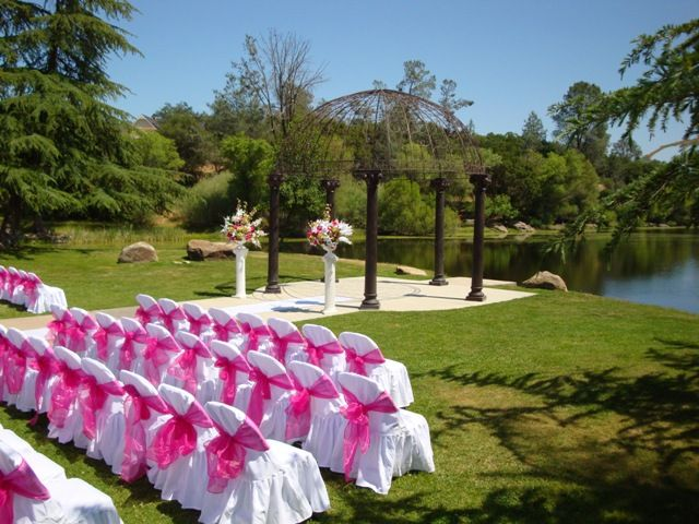 The Blue Heron Restaurant And Yosemite Lakes Clubhouse Is A Wonderful Location For Your Wedding Venue