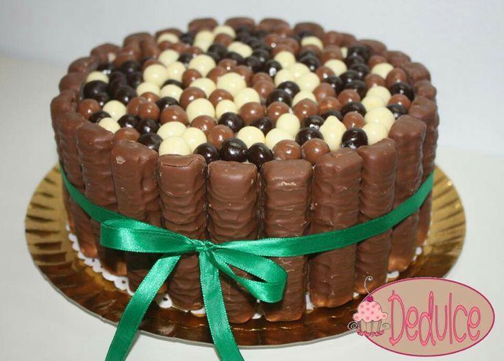 Image Twix Bar Cake Cakes I Need To Make Pinterest