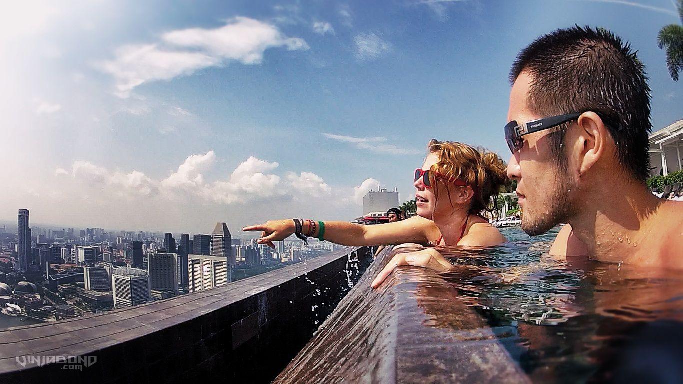 edge of the marina bay sands skypark infinity pool - Marina Bay Sands Pool