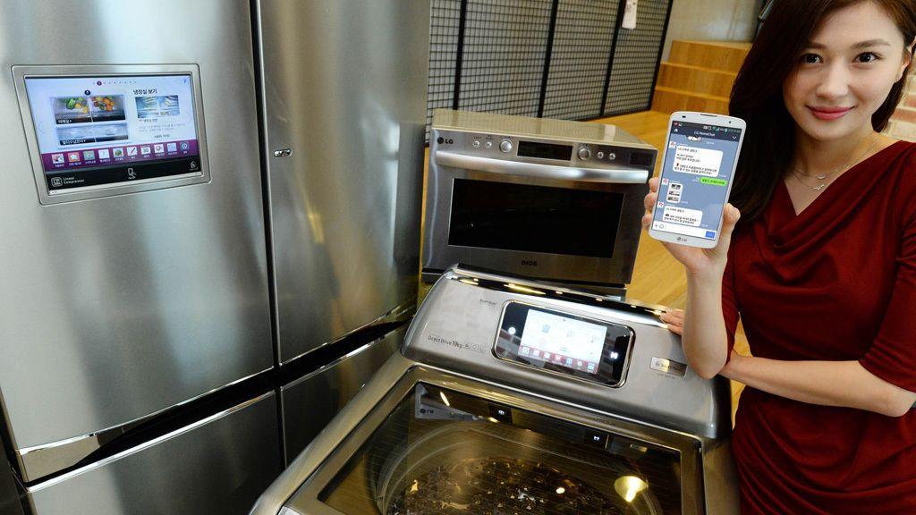 Nicht nur für Leute, die keine Freunde haben: Der LG HomeChat ermöglicht den Chat mit Kühlschrank und Halogen-Ofen, als wären die Geräte Menschen.