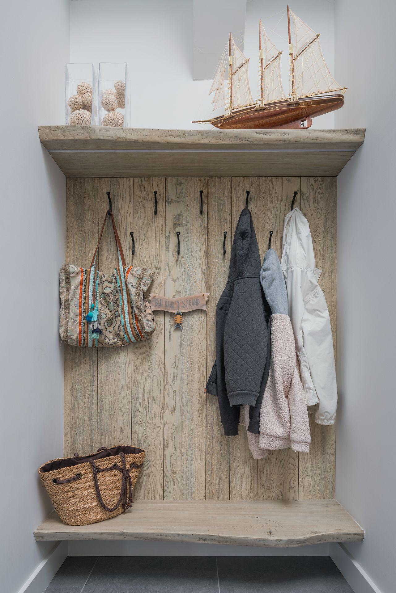 garderobe-kapstok-hout.jpg (1281×1920)