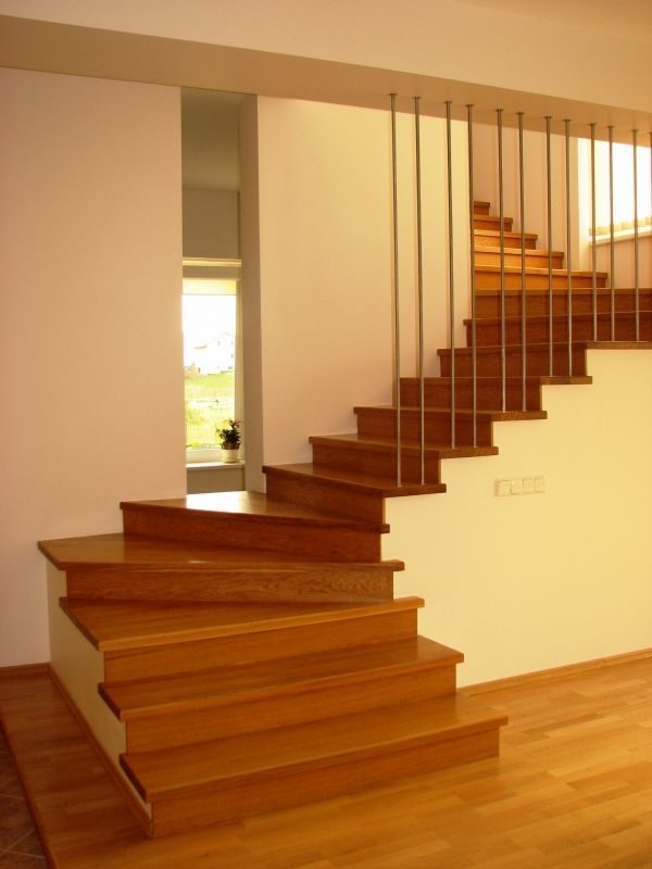 Best Pin By Stairfactory Com On Inspiration Bespoke 400 x 300