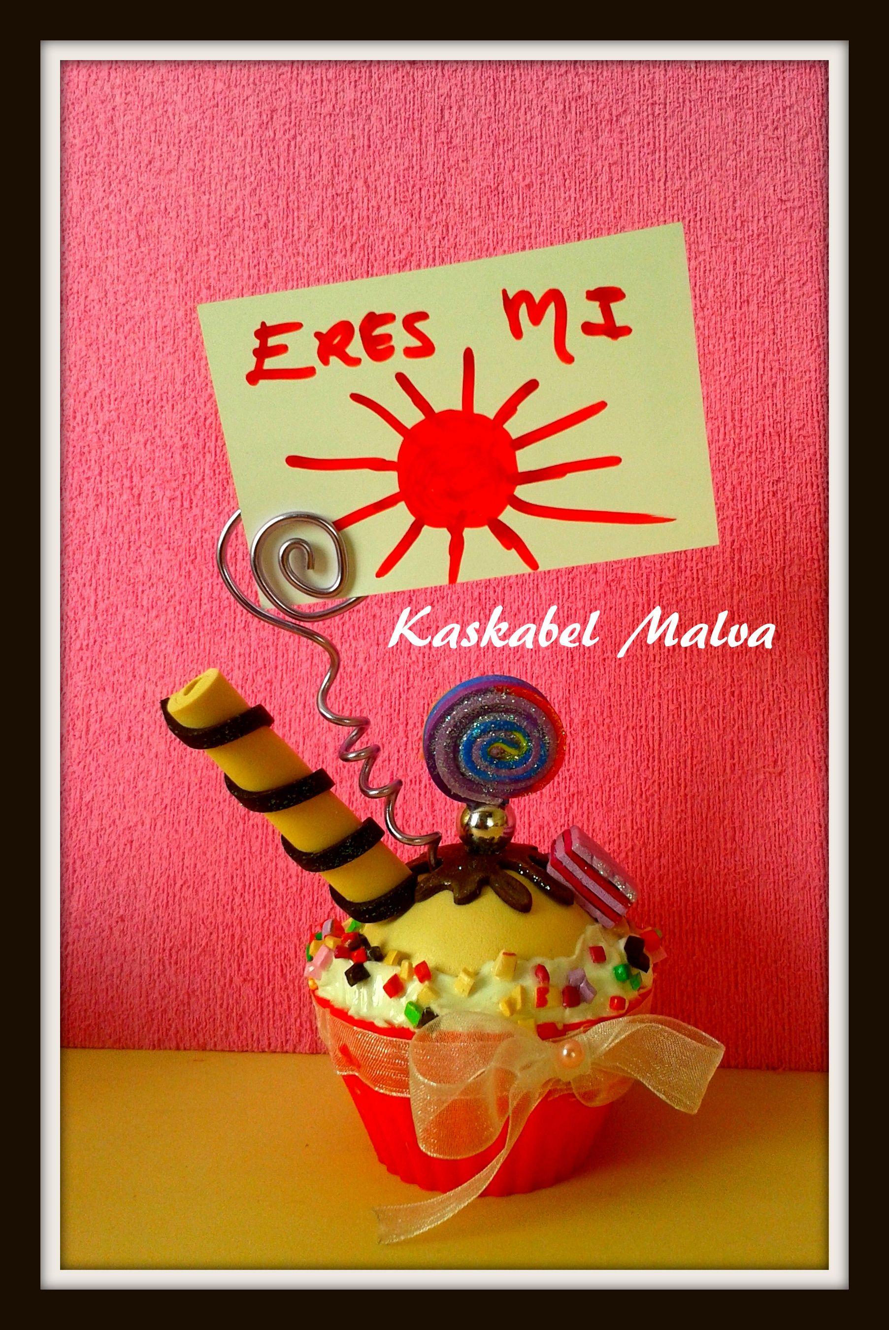 Cupcake de sobremesa para tus mejores notas  por kaskabel malva.