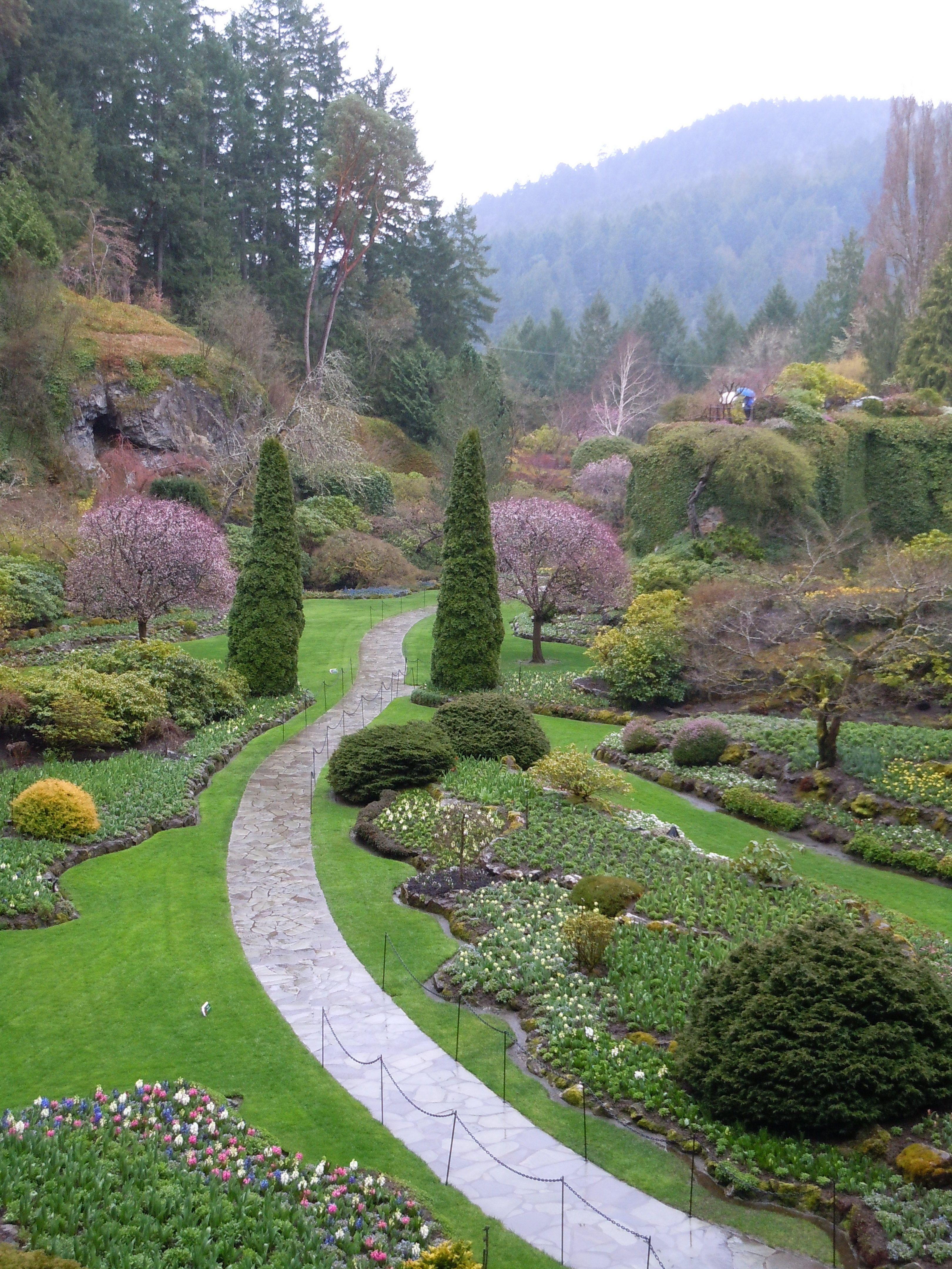 Victoria Canada Buchart Gardens (raining) April 2012
