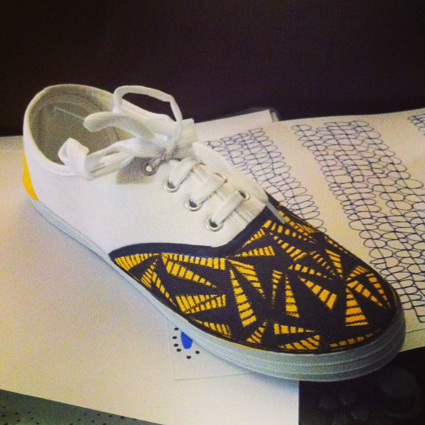 Drawing on trainers with images diy clothes new