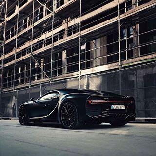 "Photo of CarsWithoutLimits • Marlon on Instagram: ""Bugatti Chiron Photo @thecarhotel  #carswithoutlimits"""