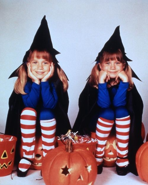 Mary Kate & Ashley Halloween | Olsen twins, Ashley movie, Mary kate ashley