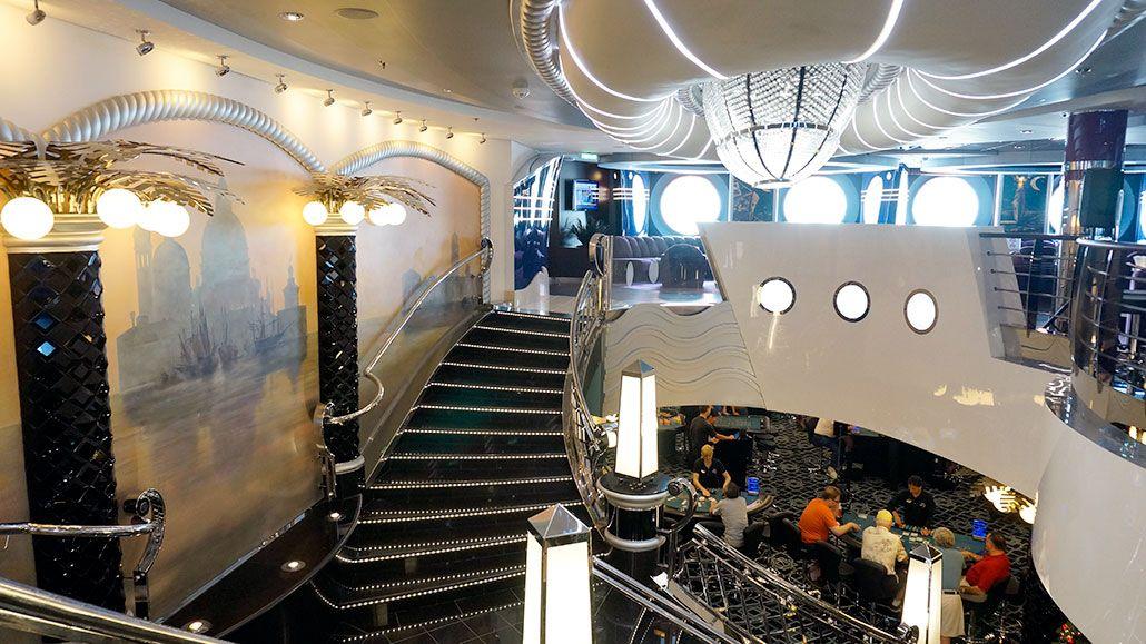 La cruise casino risks of gambling addiction