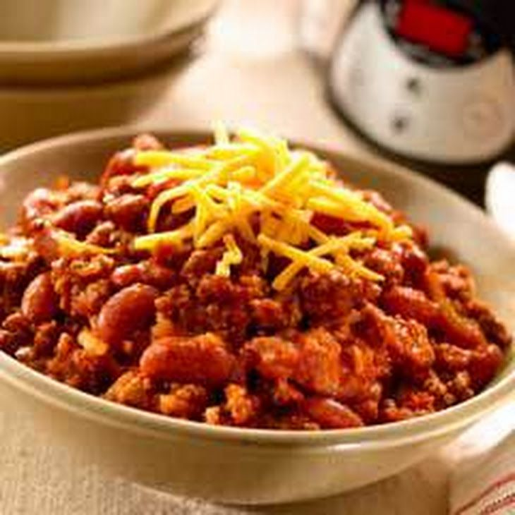 Super Easy Slow Cooked Chili Recipe Yummly Recipe Slow Cooker Chili Chili Recipes Slow Cooker Chili Easy