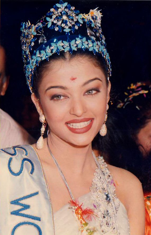 Pin On Aishwarya Rai Bachchan