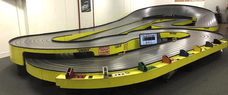 Magnatech Slot Car Raceway Engleman 180 San Antonio Tx Slot Car Tracks Slot Car Racing Slot Cars