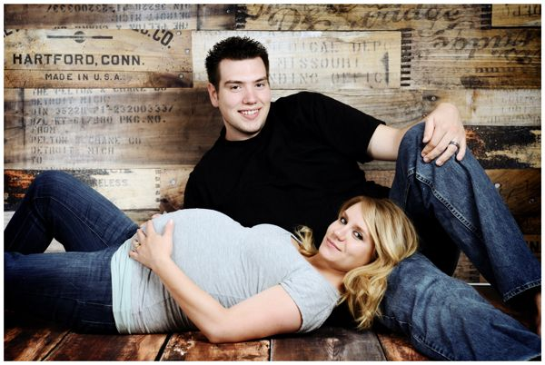 posing+for+maternity+portraits | couple portraits maternity portraits studio portraits utah west jordan