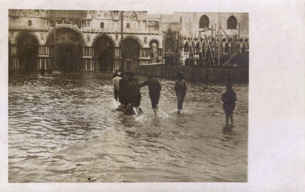 Photo of Greetings Card-St. Mark's Square, Venice, Italy – Flooded-Photo Greetings Card made in the USA