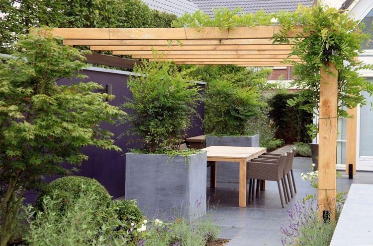 Holz Überdachung über Essplatz auf der Terrasse Wintergarten - holz pergola garten moderne beispiele