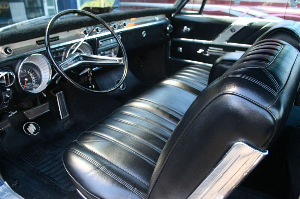 Interior 1965 Buick Wildcat 2 door hardtop Custom | Behind