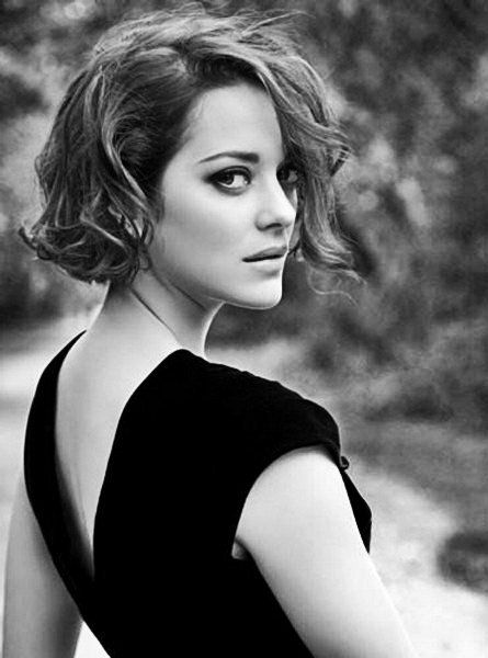 My Dream Was Pretty Simple I Just Wanted To Tell Stories Make Movies Marion Cotillard Short Hair Styles Girl Short Hair Cute Hairstyles For Short Hair