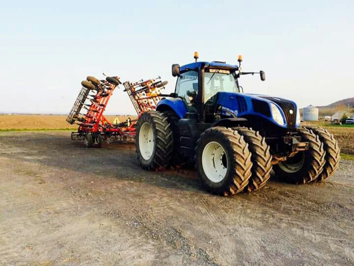 New Holland T8 Fwd Tractors New Holland Tractor Farm Machinery