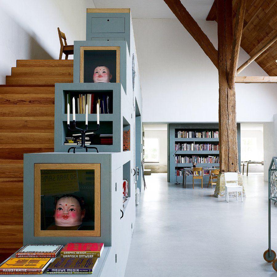 L'escalier qui mène à l'atelier - Marie Claire Maison