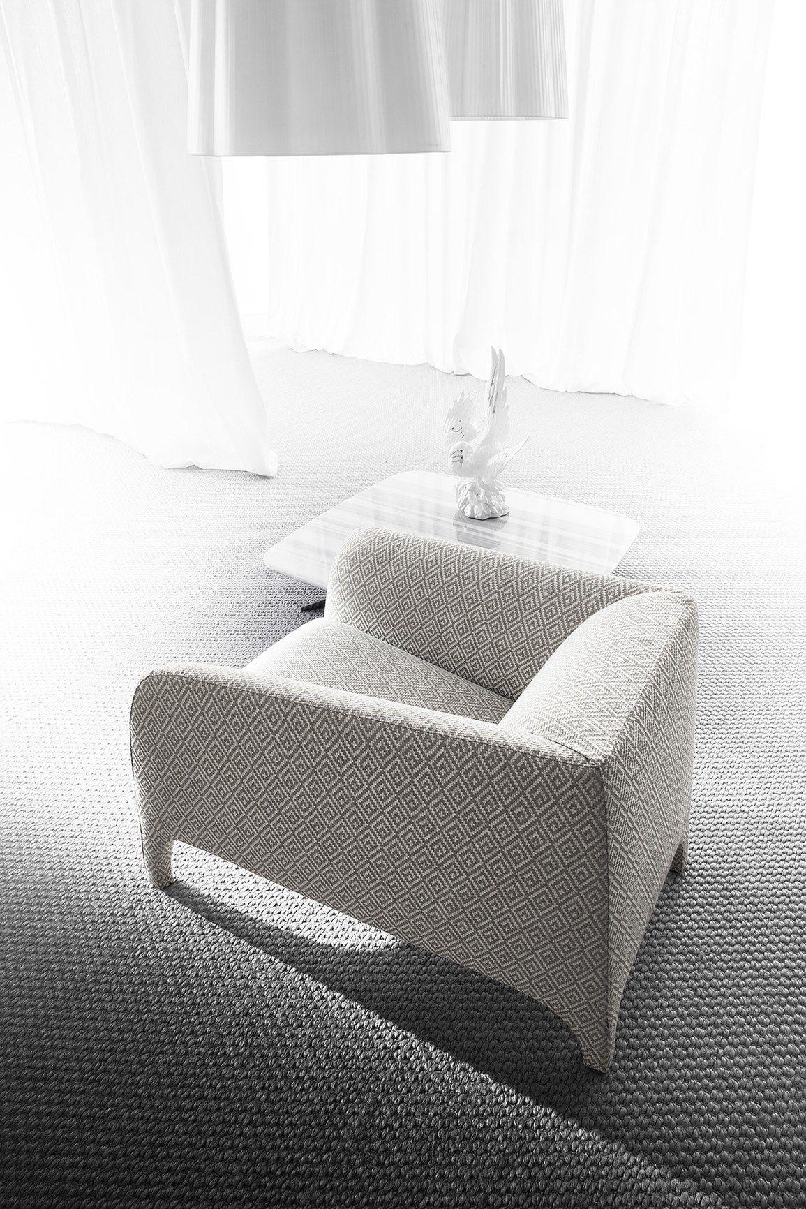 Pin su chairs sofas armchairs design for Mobili italiani design