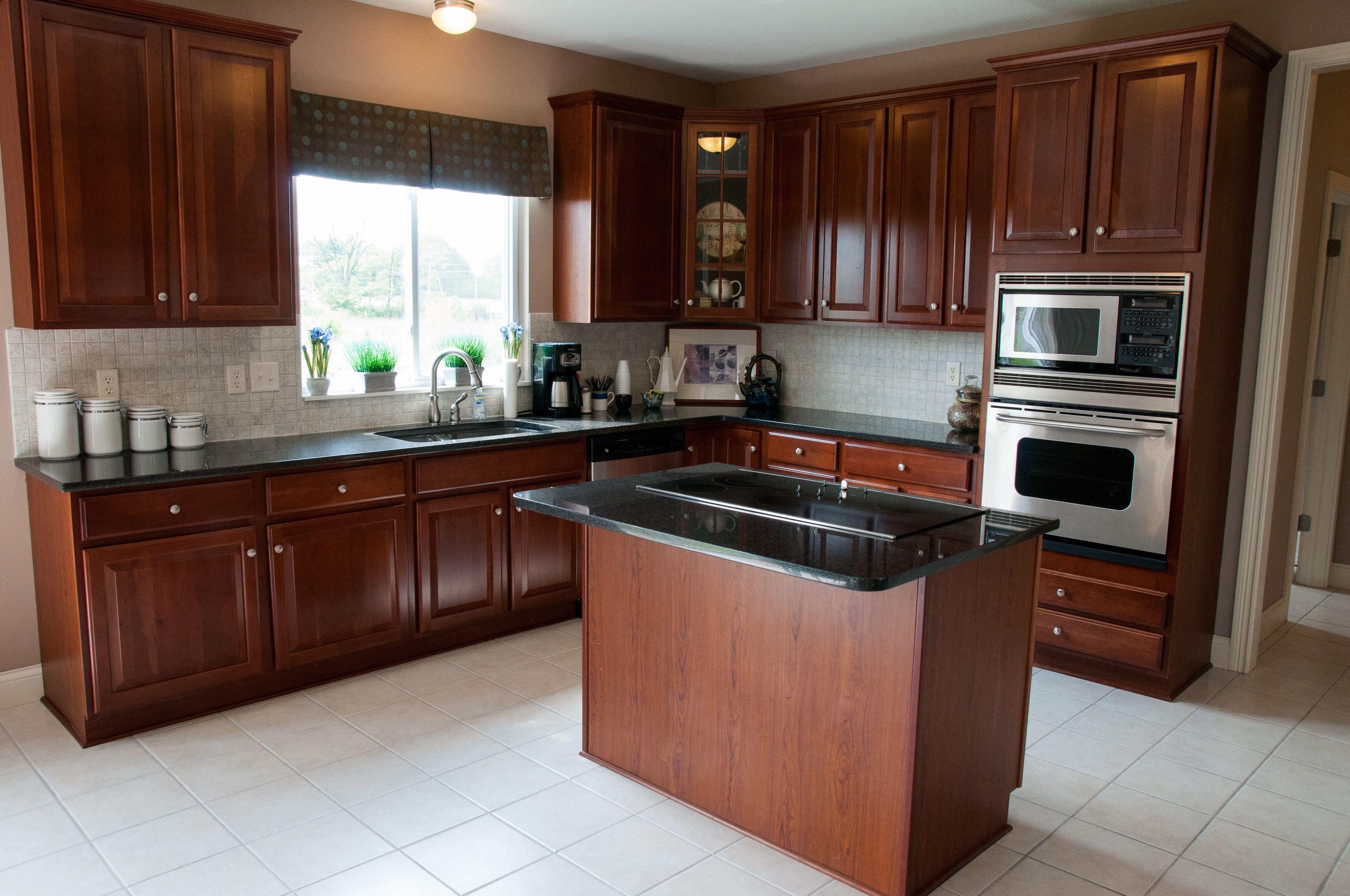 Aberdeen Multi Family Homes For Sale Columbus Ohio Spacious Kitchens Multi Family Homes Home