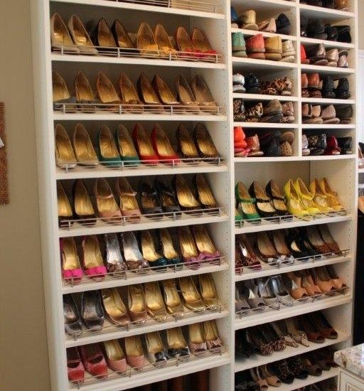 Shoe storage design closet pinterest zapateras for Ideas para zapateras