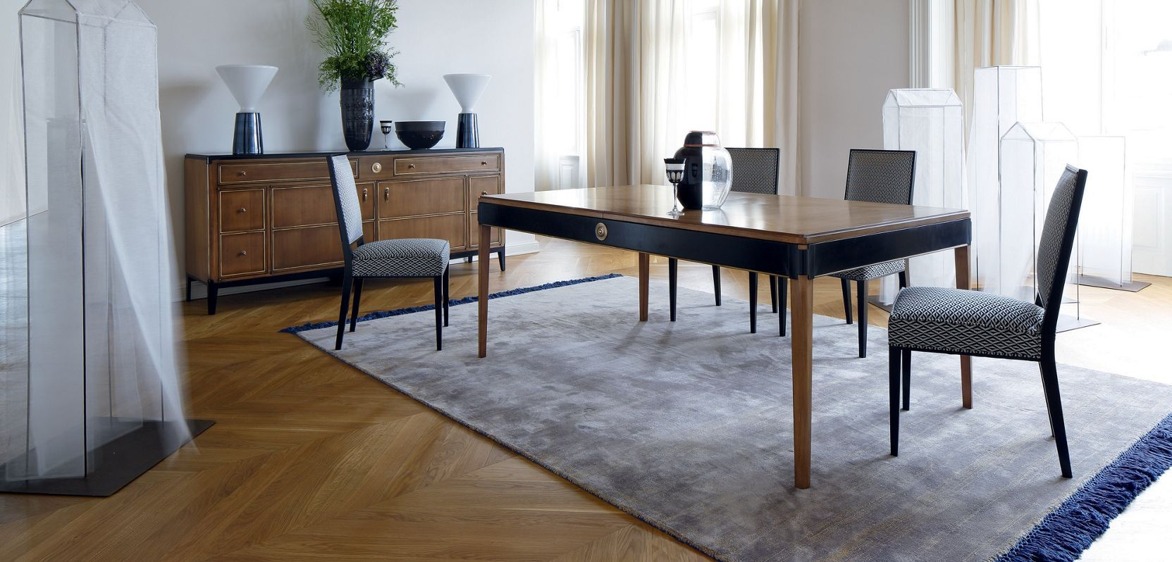 roche bobois claridge dining table dining room. Black Bedroom Furniture Sets. Home Design Ideas
